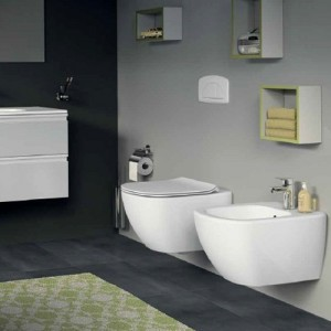 poza Vas WC suspendat Ideal Standard gama Tesi AquaBlade, alb si capac soft close